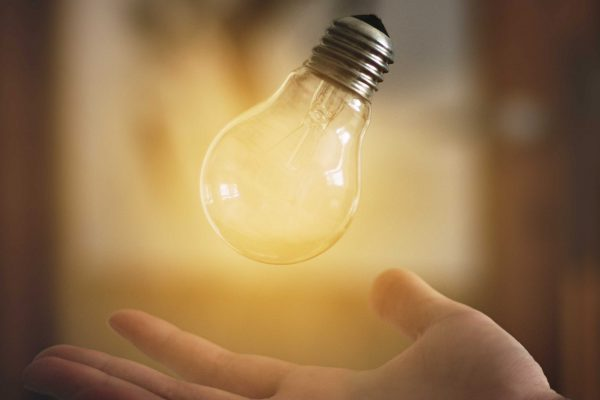 blur-bulb-close-up-glass-390426